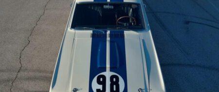 El primer Shelby GT350R bate récords y se vende por 3,85 millones de $