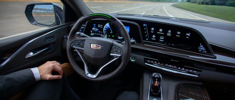 Cadillac cobrará una tarifa de suscripción por el Super Cruise, su piloto automático, después de que finalice el período de prueba.