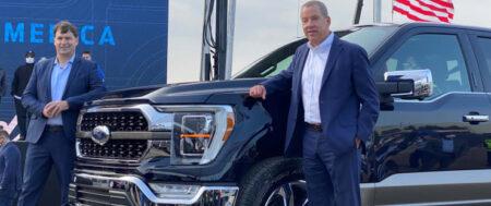 Ford aumenta sus expectativas de ventas, mientras los consumidores se desatan en la compra de pick-ups durante la pandemia