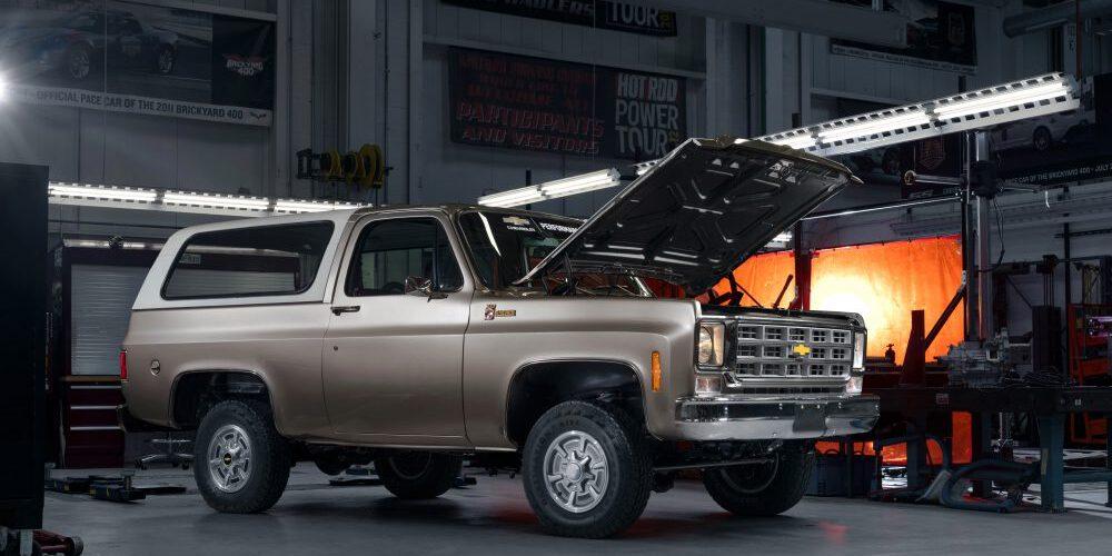GM presenta el 1977 K5 Blazer-E eléctrico, gracias a su próximo kit de conversión eCrate