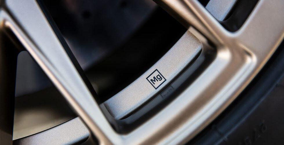 Los Cadillac CT4-V y CT5-V Blackwings ofrecerán llantas de magnesio