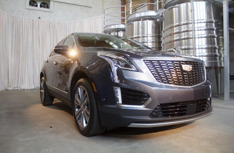 El Cadillac XT5 2021 algo más económico que el modelo anterior 2020