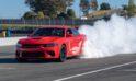 """El CEO de Dodge dice que el V8 estarían en su """"lecho de muerte"""", pero los Muscle Cars estadounidenses no deberían tener miedo"""