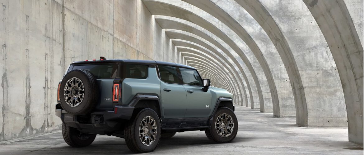 2024 GMC HUMMER EV SUV debuta durante el March Madness (Final Four de la NCAA)
